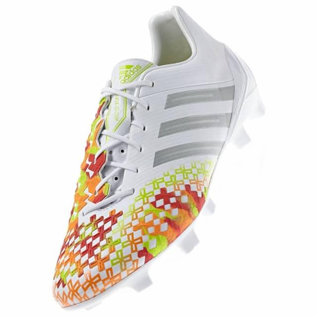 http://www.footpack.fr/wp-content/uploads/2014/01/Adidas-Predator-LZ-II-SL-White-3-e1389099283172.jpg