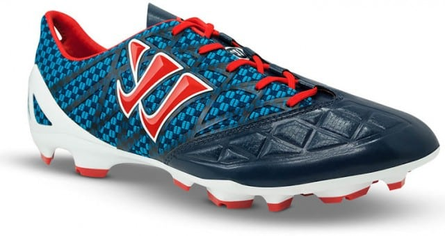 http://www.footpack.fr/wp-content/uploads/2014/03/chaussures-football-Warrior-Gambler-1-e1395266305736.jpg