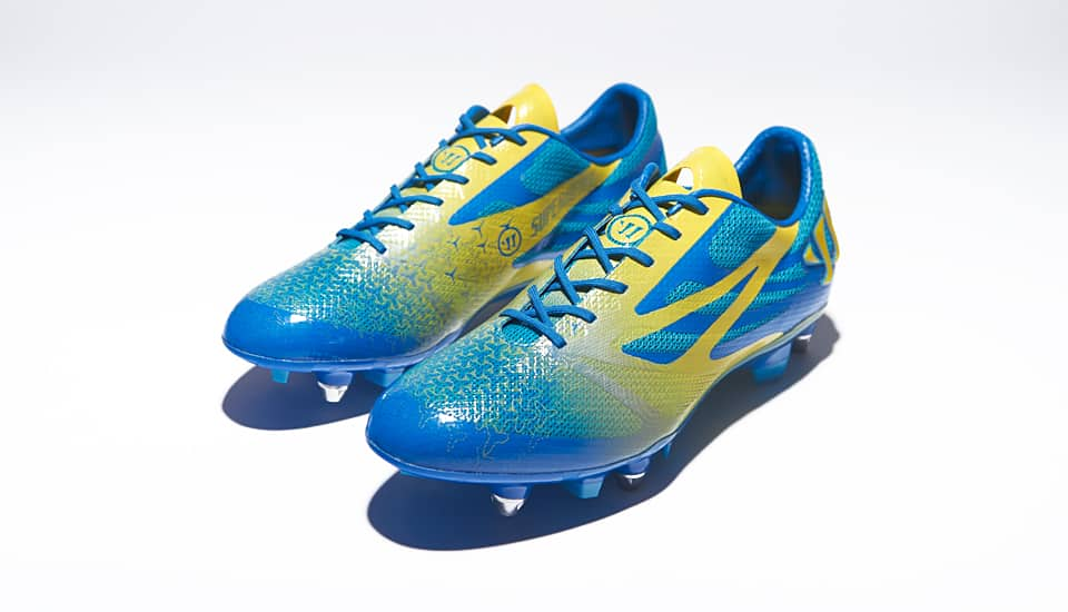 http://www.footpack.fr/wp-content/uploads/2014/04/chaussure-football-warrior-superheat.jpg