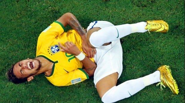 http://www.footpack.fr/wp-content/uploads/2014/07/neymar-hypervenom-or.jpg