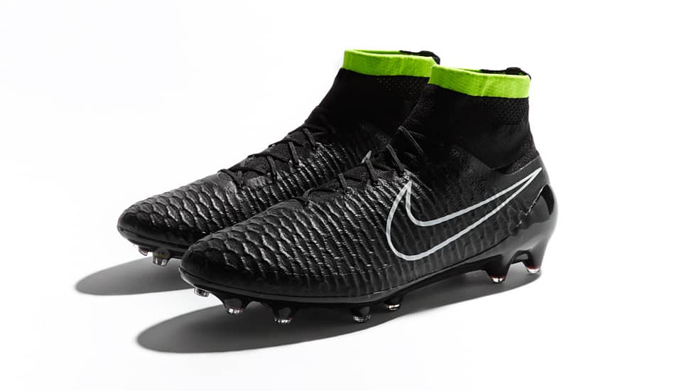 nike-pack-stealth-magista-3