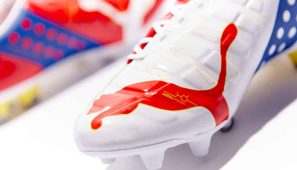 http://www.footpack.fr/wp-content/uploads/2014/07/puma-evopower-rouge-blanc-arsenal-5.jpg