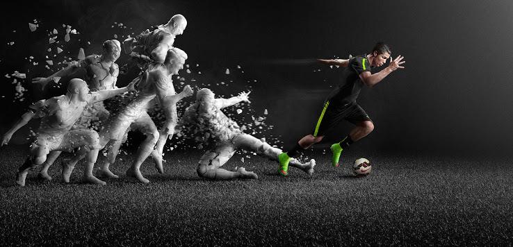http://www.footpack.fr/wp-content/uploads/2014/08/Nike-Mercurial-Superfly-vert-2014-2015-chaussure-Cristiano-Ronaldo.jpg