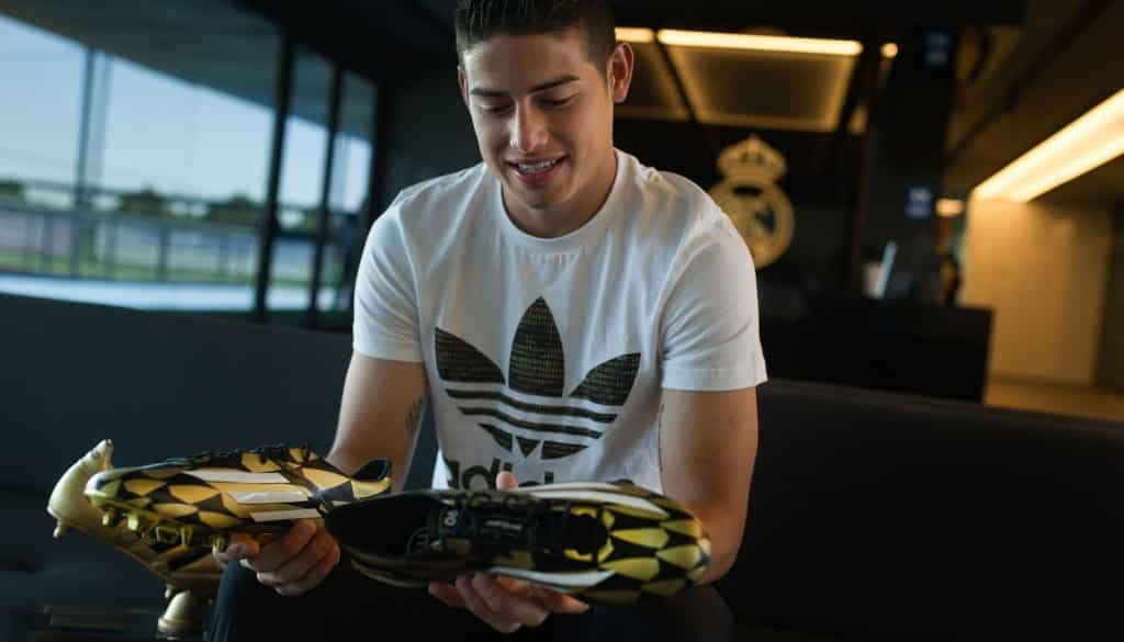 adidas-F50-or-noir-james-rodriguez-4