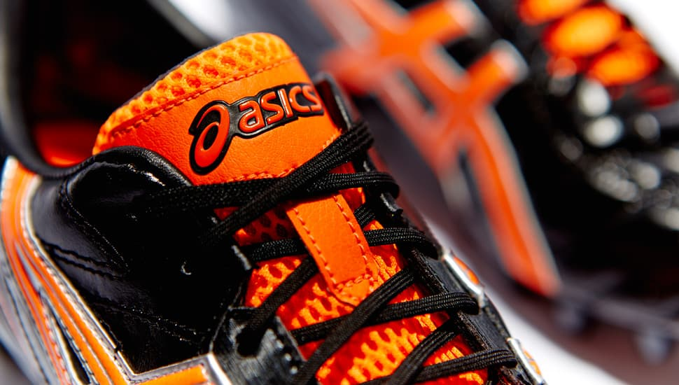 chaussure-asics-gel-lethal-tigreor-5