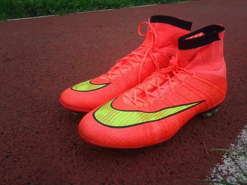 http://www.footpack.fr/wp-content/uploads/2014/08/test-nike-mercurial-superfly-IV-5-1050x787.jpg