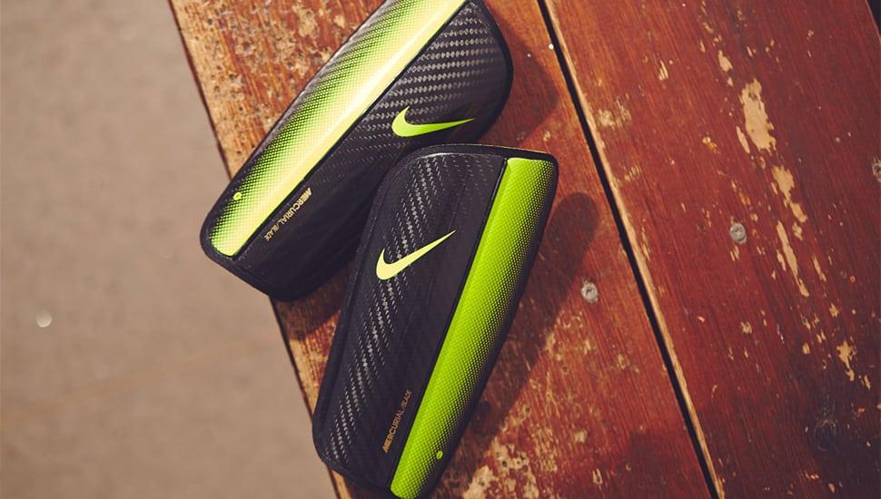 http://www.footpack.fr/wp-content/uploads/2014/09/nike-mercurial-blade-hinge.jpg