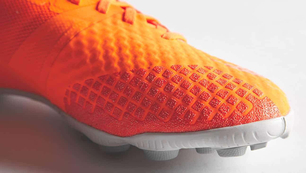 nike-bomba-finale-II-orange-4