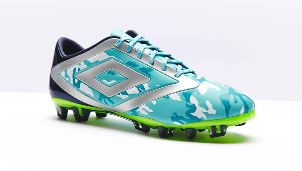 http://www.footpack.fr/wp-content/uploads/2014/10/umbro-geoflare-scuba-camouflage-bleue-1050x595.jpg
