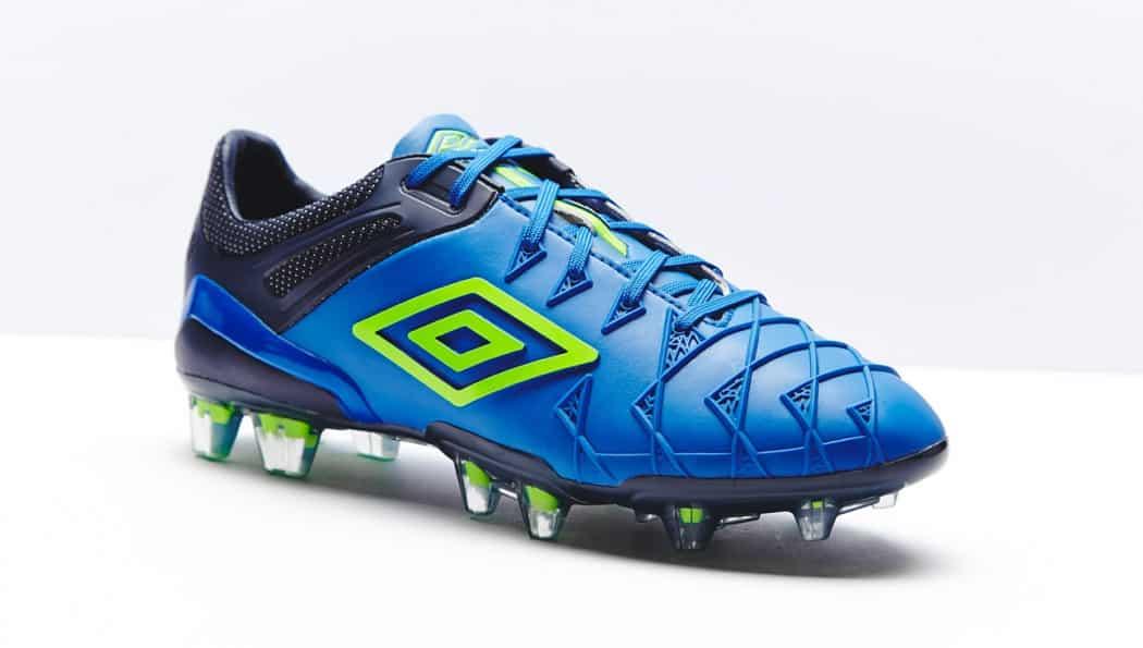 http://www.footpack.fr/wp-content/uploads/2014/10/umbro-ux1-bleu-1050x595.jpg