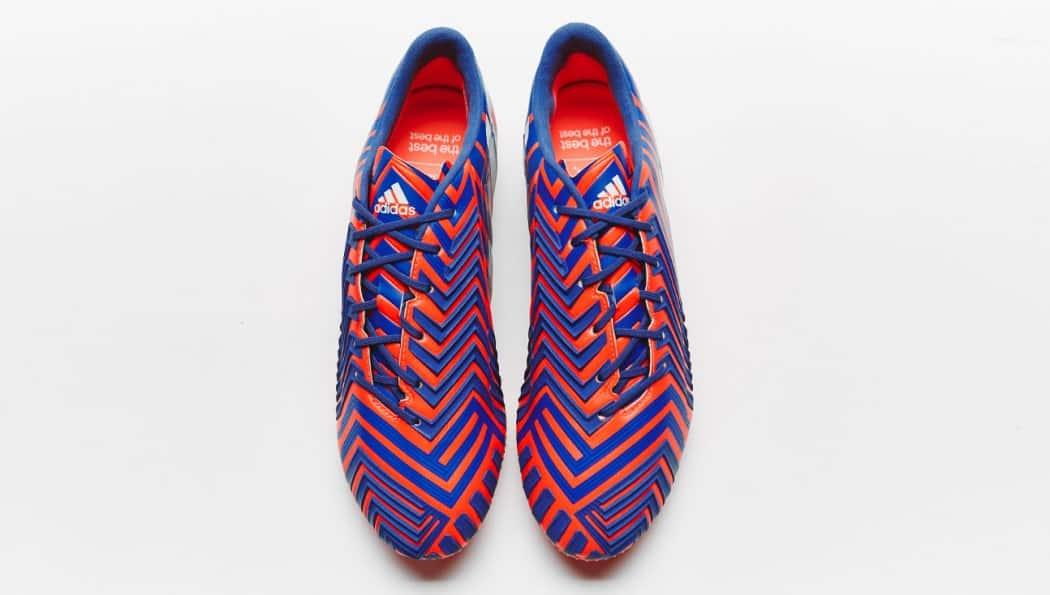 http://www.footpack.fr/wp-content/uploads/2015/01/chaussure-adidas-predator-instinct-rouge-bleu-10-1050x595.jpg