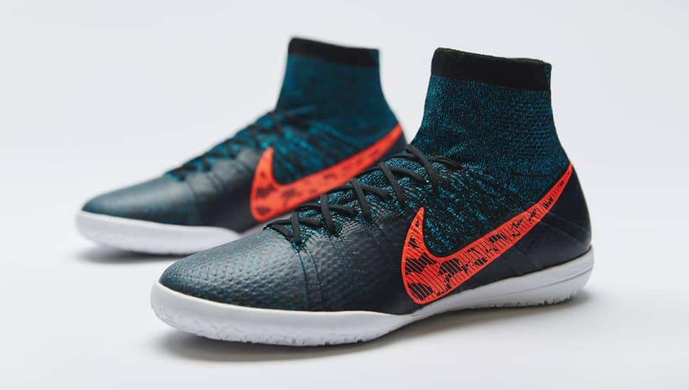 http://www.footpack.fr/wp-content/uploads/2015/01/nike-elastico-superfly-noir-gris-rouge.jpg