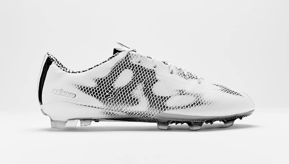 chaussure-football-adidas-F50-Blanc-Noir-11