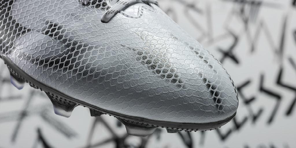 chaussure-football-adidas-F50-Blanc-Noir-5