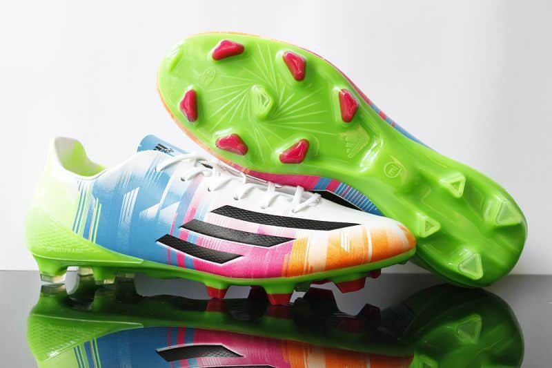 adidas-f50-adizero-Messi-Blanc-Noir-Slime-2013-2014