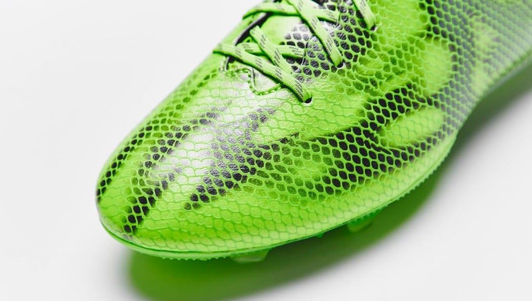 http://www.footpack.fr/wp-content/uploads/2015/03/adidas-f50-adizero-V-vert-6-1050x595.jpg