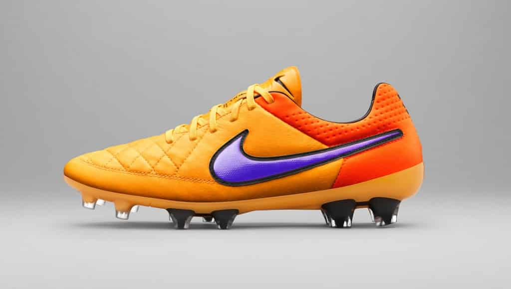 chaussure,football,nike,magista,tiempo,pack,heat
