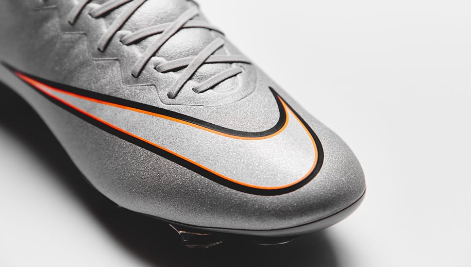 chaussure-football-nike-vapor-x-silverware-4
