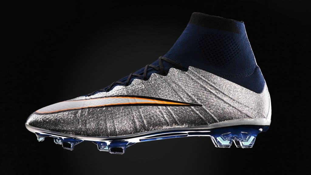 chaussure-nike-football-CR7-silverware-2