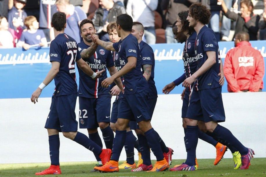http://www.footpack.fr/wp-content/uploads/2015/04/chaussure-football-ligue-1.jpg