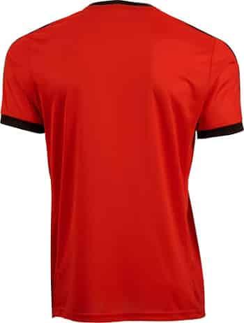Équipé par Puma, découvrez le nouveau maillot extérieur des Glasgow Rangers pour la saison 2015-2016.