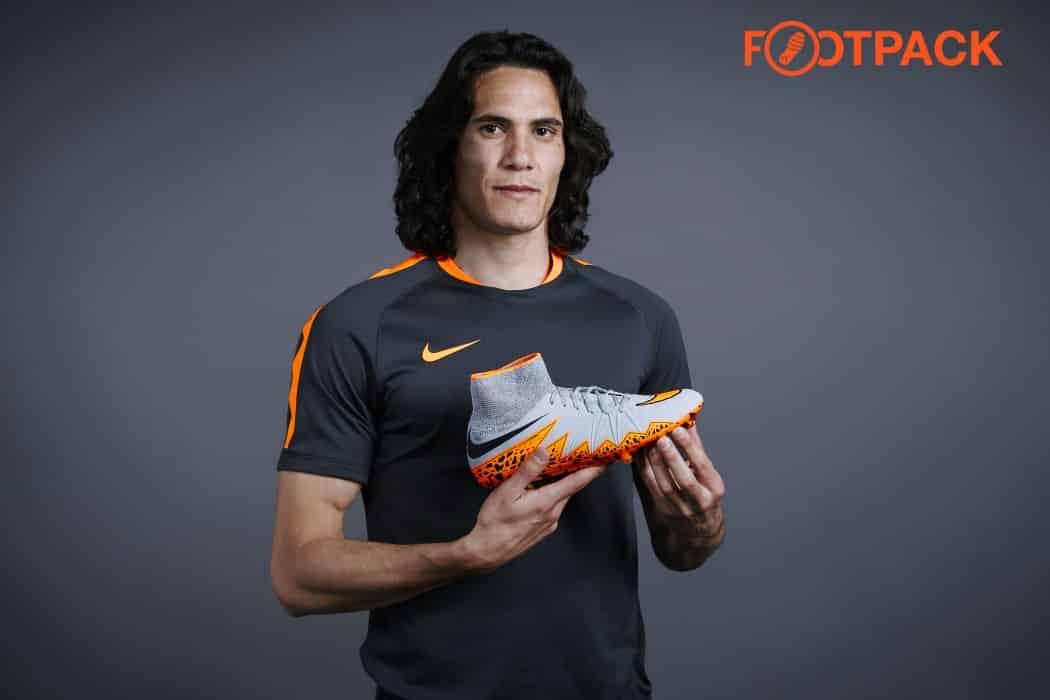 joueur de foot sponsorisé par nike