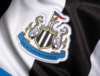 Puma présente le maillot domicile 2015-2016 de Newcastle