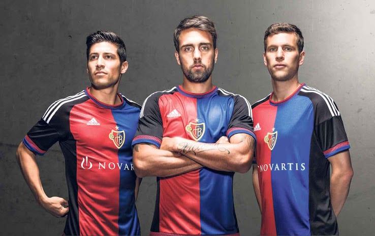 Champion de Suisse pour la 6ème fois d'affilée, le FC Bâle vient de présenter son nouveau maillot adidas pour la saison 2015-2016.