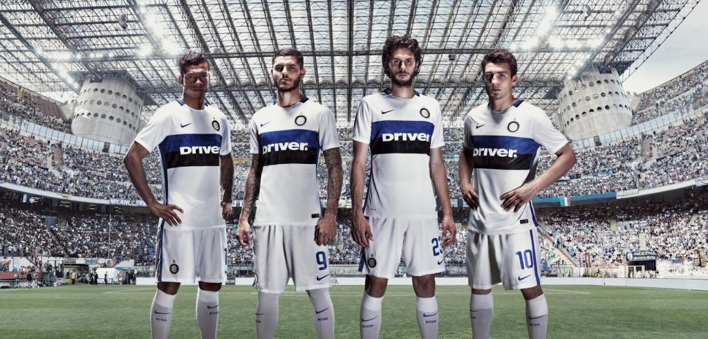 Après le PSG et le Barça, l'équipementier américain Nike vient de dévoiler les nouveaux maillots 2015-2016 de l'Inter Milan.
