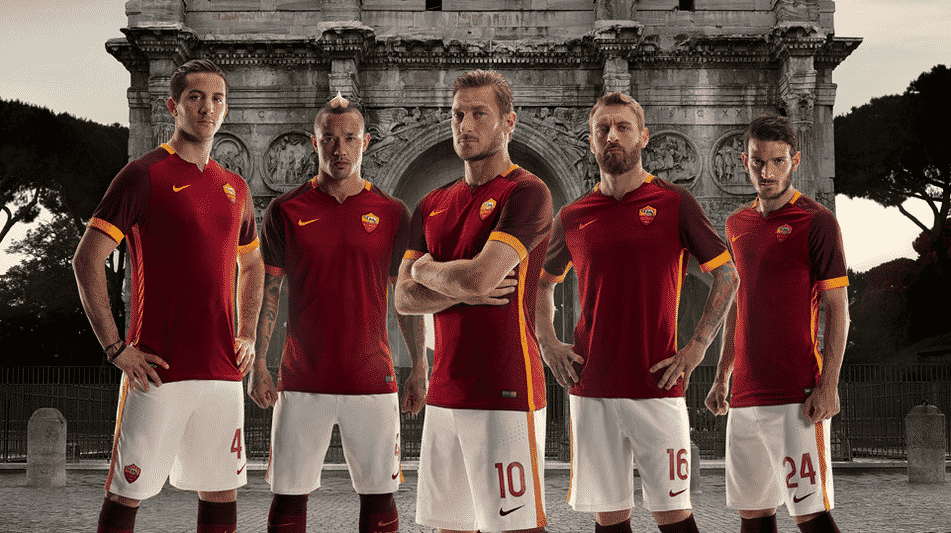 http://www.footpack.fr/wp-content/uploads/2015/06/maillot-as-roma-2015-2016-domicile.png