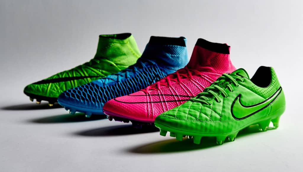 official photos 31845 9ea10 ... chaussure football nike lightning storm pack