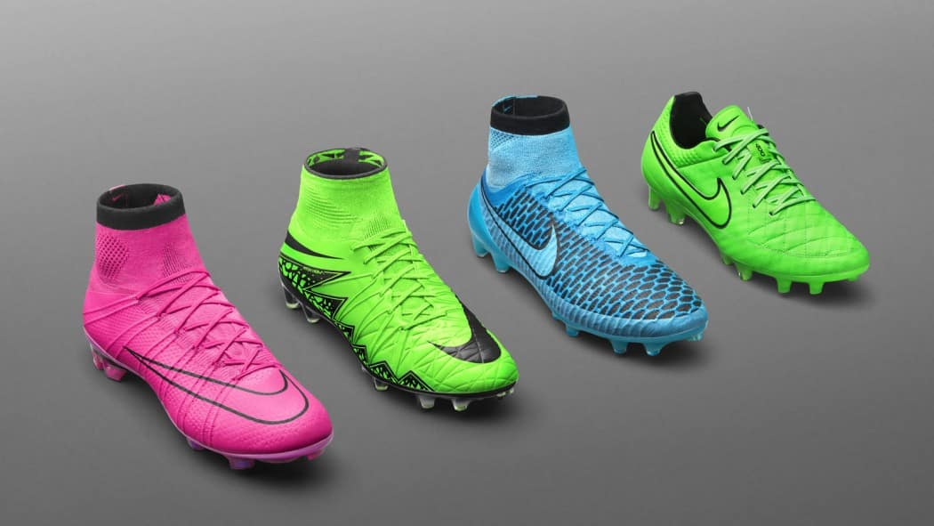 http://www.footpack.fr/wp-content/uploads/2015/07/chaussure-football-pack-lightning-storm-1050x591.jpg