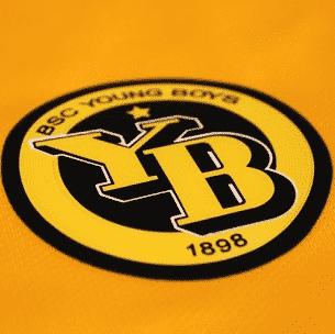 Désormais équipé par Nike, les Young Boys de Berne viennent de dévoiler leurs nouvelles tenues domicile et extérieur pour la saison 2015-2016.