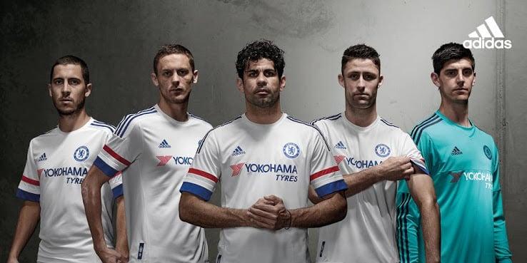 Champion d'Angleterre en titre, le Chelsea de José Mourinho et adidas qui est l'équipementier du club viennent de dévoiler les maillots 2015-2016 du club.