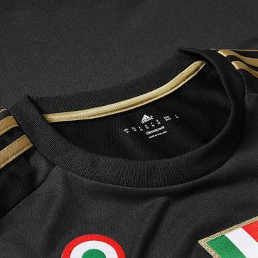 Désormais équipé par adidas depuis cette année (la Juventus Turin, finaliste malheureux de la dernière ligue des Champions a dévoilé ses maillots 2015-2016