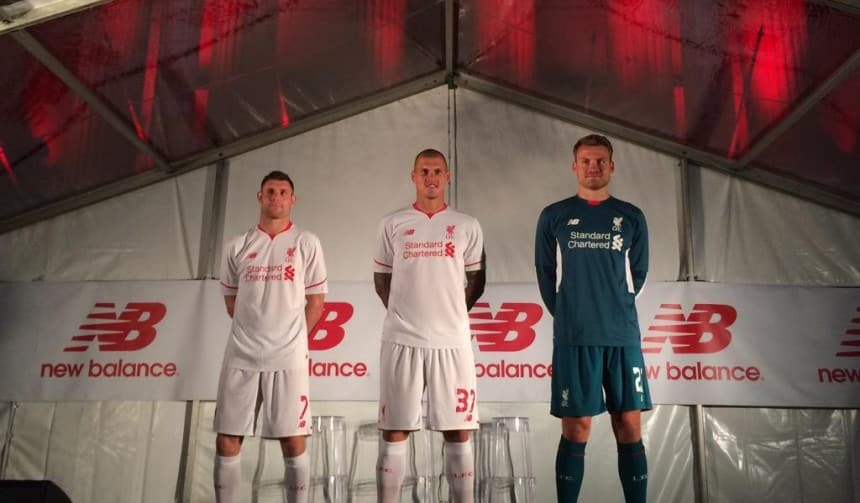 http://www.footpack.fr/wp-content/uploads/2015/07/maillot-new-balance-2015-2016-liverpool.jpg