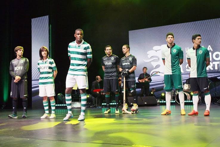 http://www.footpack.fr/wp-content/uploads/2015/07/maillot-sporting-portugal-2015-2016-macron.jpg