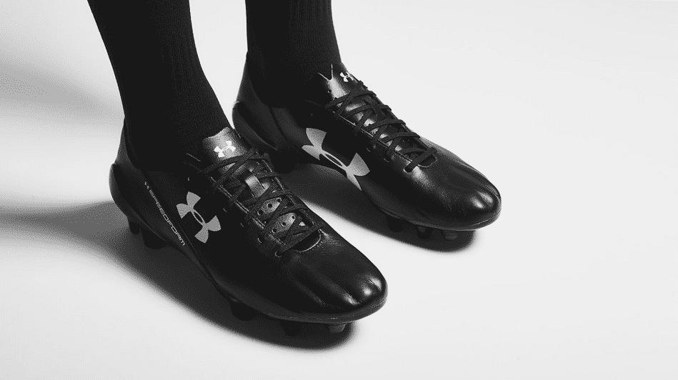 http://www.footpack.fr/wp-content/uploads/2015/07/under-armour-speedform-leather-noir.png