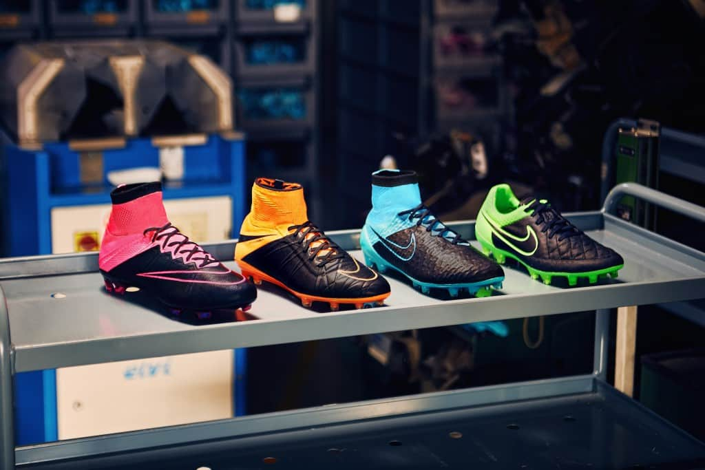 chaussure-football-nike-techcraft-pack