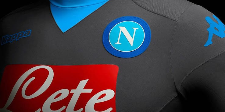 http://www.footpack.fr/wp-content/uploads/2015/08/maillot-exterieur-napoli-2015-2016.jpg