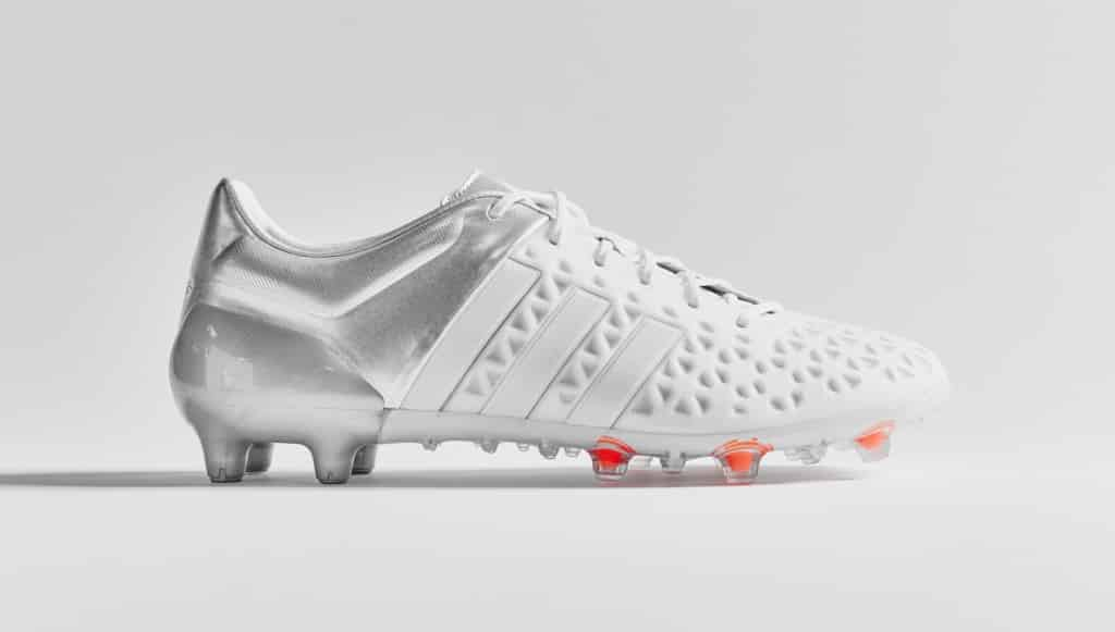 chaussure-football-adidas-ACE15-blanc-argent