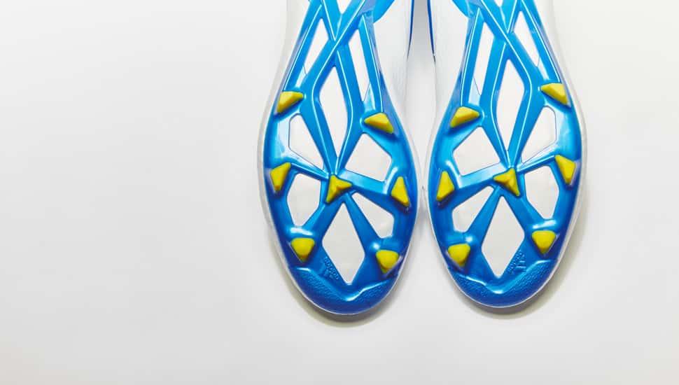 chaussure-football-adidas-Messi15-blanc-bleu-2015-3