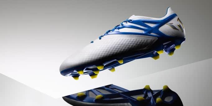 http://www.footpack.fr/wp-content/uploads/2015/09/chaussure-football-adidas-Messi15-blanc-bleu-2015-4.jpg