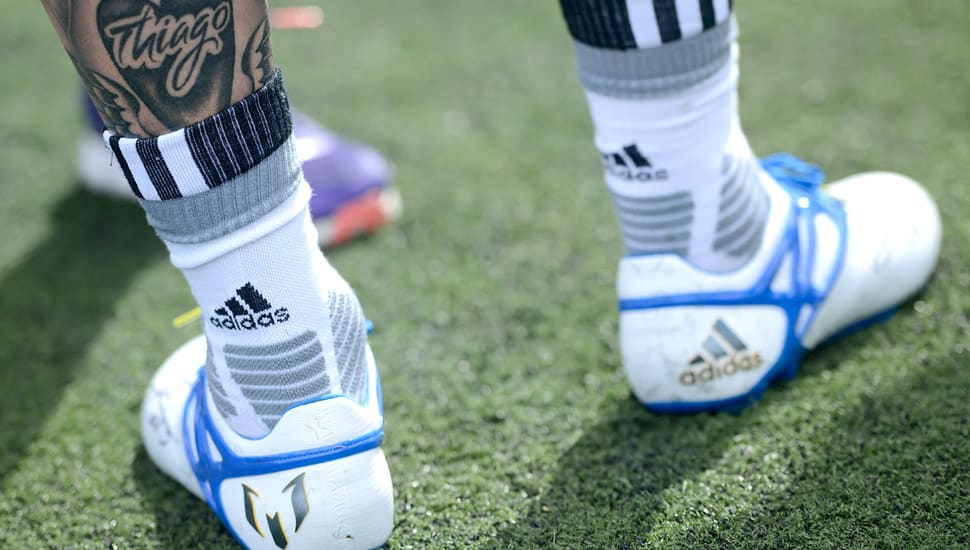 chaussure-football-messi15-jeunes-joueurs-2