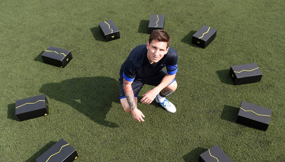 chaussure-football-messi15-jeunes-joueurs-3