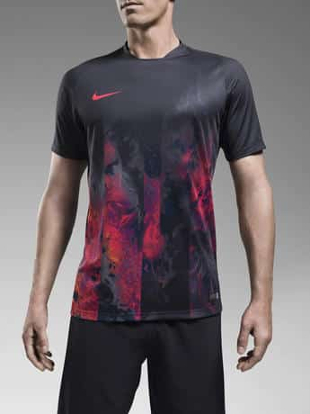 Collection Nike F.C Savage Beauty