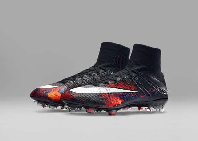 http://www.footpack.fr/wp-content/uploads/2015/10/Nike-Football-Soccer-CR7-MERCURIAL-SUPERFLY-E_45550.jpg