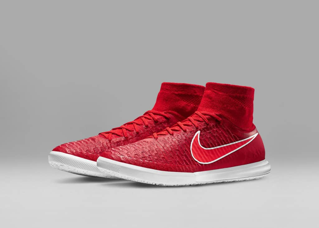 Nike-Football-Soccer_NFX_STREET_MAGISTAX_PROXIMO_IC_E_PREM_rectangle_1600