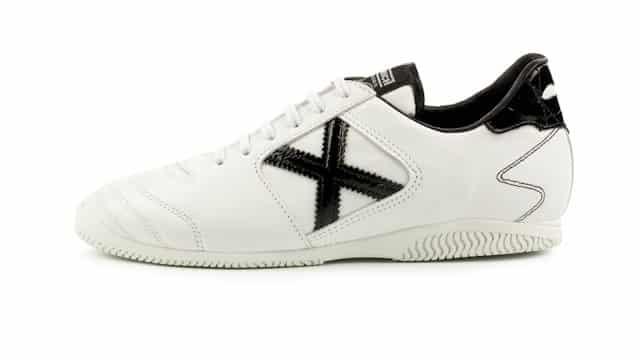 chaussure-football-munich-bahia