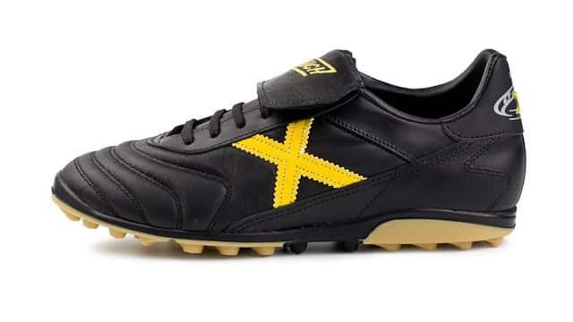 chaussure-football-munich-mundial-sala